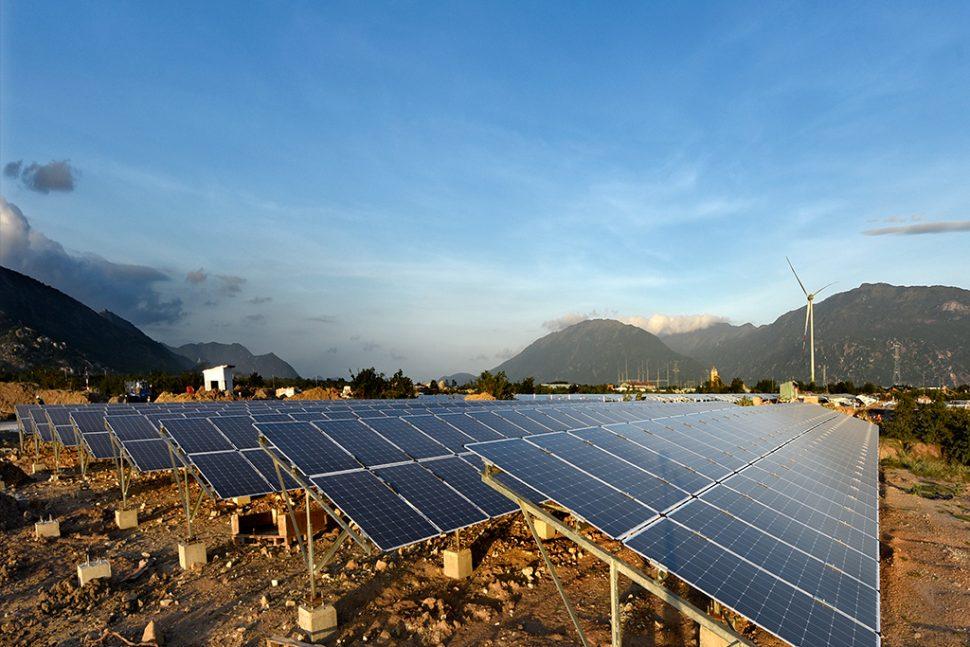 Nhà máy điện mặt trời Trung Nam